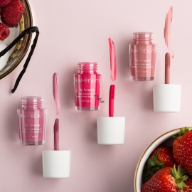 Lip Singles_Bottles_Swatch_SMS